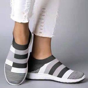 Unisex Breathable Men's Women's Casual Sports Shoes Large Mesh Surface Light Antiskid Comfortable Flats Plus Size