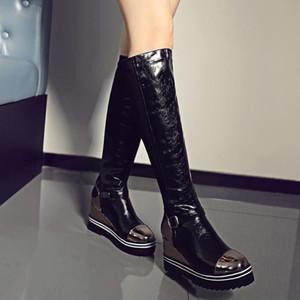 Keil-Plattform-Frauen-Stiefel kniehohe Stiefel Mädchen Slip on Fashion Höhe Ferse-Keil-Stiefel Rot Schwarz-beiläufige Schuh-Frau zogeer 201102