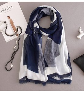 Autumn and winter Europe and the United States new lengthened geometric color block cashmere scarves feel soft fashion versatile ersssssAg