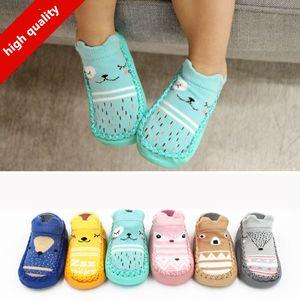 Mode Baby Socken mit Gummisohlen Infant Sock Newborn Herbst-Winter-Kinder Fußboden-Socken-Schuhe Anti Slip weiche Sohle Socke