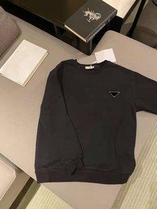 Femmes Chemises à capuche avec lettre Budge Mince matières tees respirantes Sweatshirts Spring Automne Outwear Sweats à capuche