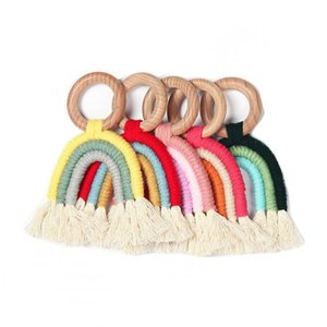 2020 Christmas Rainbow Teething Ring Toys Educational Safety Crochet Wooden Teether for Children Kids Baby Care Accessory Baby Shower Gifts