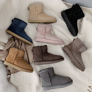 Ladies snow boots belt buckle motorcycle boots sheepskin wool all-in-one women's boots plus velvet to keep warm, waterproof and antifouling