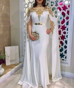 Graceful Kaftan Arabic Formal Evening Dresses Long Cape Shrug And Wraps 2021 Gold Lace Flowers Appliques Women Girls Prom Party Wear Gowns