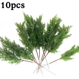 10x Feuilles artificielles Branche Pine Cypress Feuilles de feuilles Simulation Accueil Micro Paysage Decor T200103