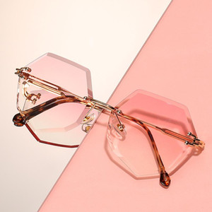 2020 Fashion Brand Design Rimless Sunglasses Women Vintage Sexy Cutting Lens Gradient Round Metal Sun Glasses For Female UV400