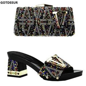 Последняя итальянские Женская обувь и сумки, чтобы соответствовать Set New Женской обуви с Matching Сумкой Set Украшенного WTH Rhinestone партии