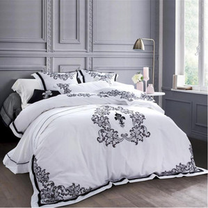 Luxury White Embroidered Bedclothes Egypt Cotton Bed Set 5 Star Hotel Bedding Set Queen King Size Princess duvet cover bed sheet