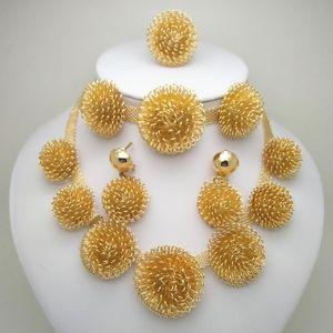 Royaume MA Dubaï Haute Qualité Mariage Bijoux Bijoux Ensembles Collier à la mode African Bracelet Boucles d'oreilles Bague Ensembles pour femmes