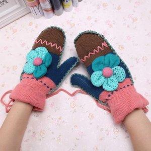 C Новый корейский Женские теплые перчатки Мультфильм Вязаные варежки Холтер Sun Flower Pattern Guantes Холодная зима Женщины Lanyard перчатки