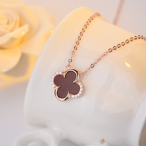 925 sterling silver four-leaf clover necklace two-color agate diamond pendant clavicle necklace sterling silver ladies sweater chain