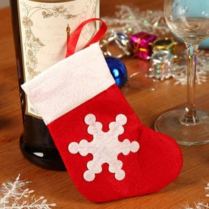Vlies-Weihnachtsgeschirrhalter-Tasche Weihnachten Esstisch Dekoration Messer Gabel Tasche Nette Schneeflocke Kleine Socken Besteck Abdeckung VT1817