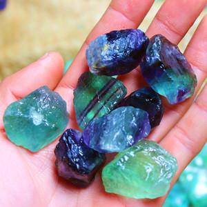 Cristaux de guérison naturel Stone Sri Lanka Crystal Couleur Fluorite Rough Petits Ornements Bijoux Irrégulière Vert Nouvelle arrivée 2aj m2