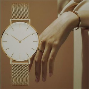 Mujeres Relogio Estilo Mujeres 32mm Diseñador Ocio Simple Luxury Wristwatch Reloj Hot Tiempo Reloj Nueva Calidad Venta Alta Moda Masculino C GNDH