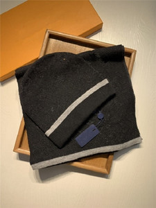 20ss 고품질 클래식 격자 겨울 모자 디자이너 뼈 모자 남자 커플 스카프 모자 2 피스 정장 스카프 모자 남자 스카프 세트