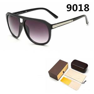 2020 Fashion Marque Designer 9018 Lunettes de soleil Tendance de luxe Verres Verres UV Protection UV Nouveaux verres 4 couleurs avec boîte