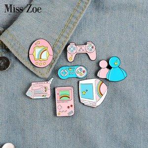 Розовых игры Эмаль Pins Vintage дисплей гасяпон Gamepad Брошь Pin отворот рубашка сумка Старой школа знак Fun ювелирных подарки Friend