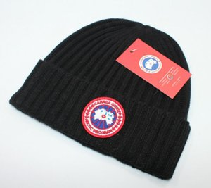 ventas calientes lujo- manera de la buena calidad de lujo Canadá marcas otoño invierno unisex sombrero de lana de la letra ocasional sombreros para las mujeres de los hombres gorros Beanie