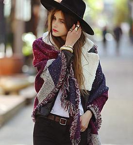 Le donne di lana Sciarpa Cardigan 200 * 67 centimetri patchwork a quadri Poncho Capo nappa inverno coperta calda mantello dello scialle Outwear Coat favore di partito RRA3688