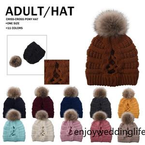 Мода CC Модные женские задействуя шапки Вязаные Fur Poms Beanie Winter Luxury Cable громоздкая Череп шапки Beanie Шляпы FY7311