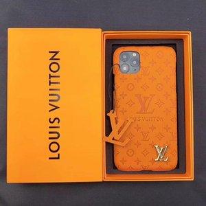 Box L Letter Designer Phone Cases iPhone 11 11Pro Max XS XR 7 8 플러스 케이스 럭셔리 가죽 전화 케이스 최고의 품질