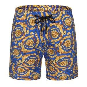 2021 Nuevos pantalones cortos de moda de verano Nuevo diseñador Tablero corto Secado rápido Traje de baño Tablero de impresión Pantalones de playa Pantalones cortos de natación para hombre