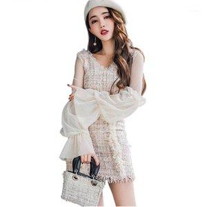 2019 frühling laway Tweed 2 Stück Set Rock Frauen Weiße Damen V-Ausschnitt Spitze Patchwork Sexy Crop Top Mini Quaste Wollmischung Suits1