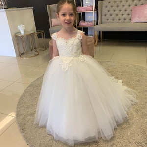 Ball Gown Princess Flower Girl Dresses for Weddings Sheer Neck Sweep Train Appliques Child Birthday Party Gowns First Communion Dress