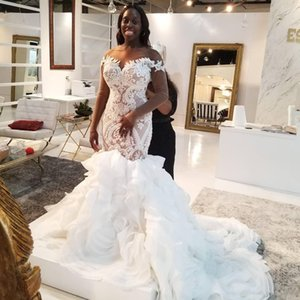 Plus Size African Wedding Dresses Lace Appliqued Sequins Sheer Jewel Neck Beach Bridal Dress Sweep Train Tiered Country Wedding Gowns