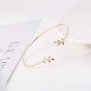Women's fashion charm bracelets leaf Bracelet Adjustable Charm Bracelets women's gift leaf Bracelet opening leaf Bracelet