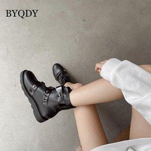 BYQDY Seksi Perçinler Chunky Boots Moda Platformu Çizme Kadınlar Lace Up Ayak bileği PU Kösele Kısa Blok Topuklar Punk