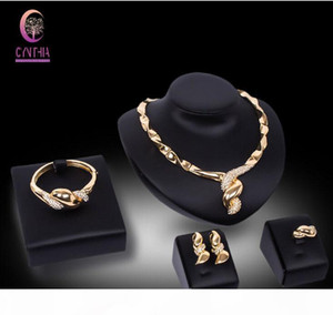 Fashion Dubai Jewelry Set Costume Jewelry Party Necklace Sets Fashion 18k Gold Plated Crystal Women Wedding Bridal Party Jewelry Sets