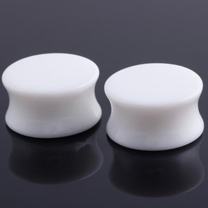 1 Pair Akrilik Siyah ve Beyaz Kulak Fiş Tunnels Kulak Genişletici Sedye Piercing Vücut Takı Küpe Q BBYHPC