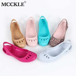 Top calidad MCCKLE jalea de las mujeres sandalias impermeables Inicio antideslizante verano Hole Zapatos Mujer Cuñas de plástico hembra hermoso jardín