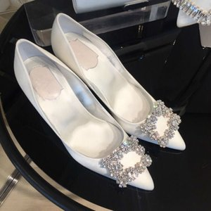 HKXN 2020 Neue Silber Schwarze Frauen Braut Hochzeitsschuhe Faux Silk Satin Strass Kristall Shallow Pumps Stiletto High Heel T C0202