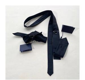 2021 유니섹스 망 스카프 고전적인 럭셔리 넥타이 남자 손목띠 힙합 5 포인트 스타 자수 삼각형 금속 배지 삼각형 스카프
