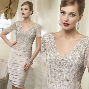 VENI INFANTINO Mother Of The Bride Dresses modest Champagne Plus Size V-neck Short Sleeve Knee-length Sequins Beads Evening Party Dress