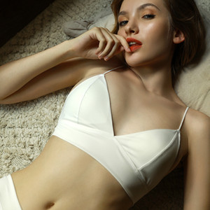 Soft Seamless Backless Beautiful Back Sexy Woman Bralette French Bra Thin Chest Removable Sponge Bra Triangular Encaje Mujer