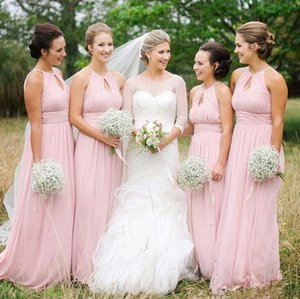 2021 Pink Bridesmaid Dresses Chiffon Pleats Hollow Sleeveless Sweep Train Maid of Honor Gown Country Beach Wedding Guest Formal Wear Gowns