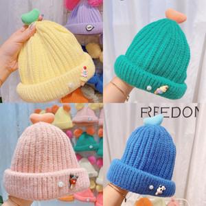 gWvV вязаная шапка вязать женщин шляпа Череп Beanie Hat дизайнеры CC ребенок Winter Теплый простой стиль коренастый Soft Stretch Men Трикотажные BeanieH