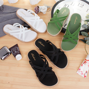 Summer Slippers Womens Summer Fashion Cross Strap Sandals Outer Wear Thick Bottom Beach Flip-Flops Foreign Trade Roman Sandals Womens