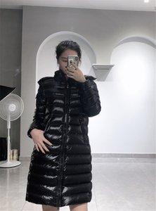 Francese signore di marca del progettista delle donne del nuovo piumino per l'inverno Maglia a manica lunga lunga sottile incappucciato piume d'anatra bianca antivento cappotto nero caldo