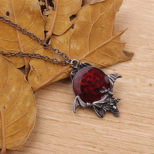 2020 Lovely Punk Halloween Spider Bat Necklace Women High Quality Alloy Rhinestones Necklace Pendants Men Jewelry Gifts