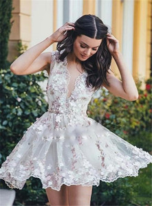 Sexy v neck short Homecoming Dresses 2020 A-Line chic 3D floral Lace Graduation Cocktail Gowns Custom Made Cheap tulle saudi prom dresses
