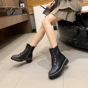 European Station 19 New Riveted Shoes with Thick Bottom Fashion Leisure Women&#39s Boots Free of Freight
