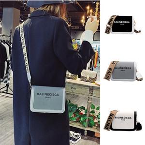 Kadınlar çantası bir geniş kayış ile moda Kore omuz çantası kadın deri lüks crossbody tasarımcı çanta küçük haberci