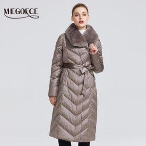 Куртка MIEGOFCE Новая коллекция женщин с кролика воротник женщин пальто зимы Необычные цвета То, что ветрозащитный Зимняя утепленная 201022