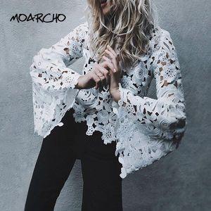 MOARCHO Aufflackern-Hülsen-weiße Spitze-Frauen-Bluse Langarm-O-Ansatz Normal Bluse 2020 neuer Frühling-reizvolle hohle dünne Pullover Tops