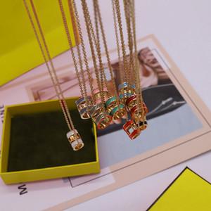 الأزياء الشارع قلادة القلائد حار بيع قلادة للرجل امرأة القلائد مجوهرات قلادة عالية الجودة 9 اللون مع مربع
