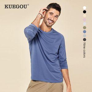 KUEGOU color sólido Tees suave algodón elástico camiseta ropa de hombre otoño Hombres camiseta de manga larga hombres de la camiseta top 3XL DT-5951
